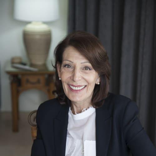 Yvonne Flanders